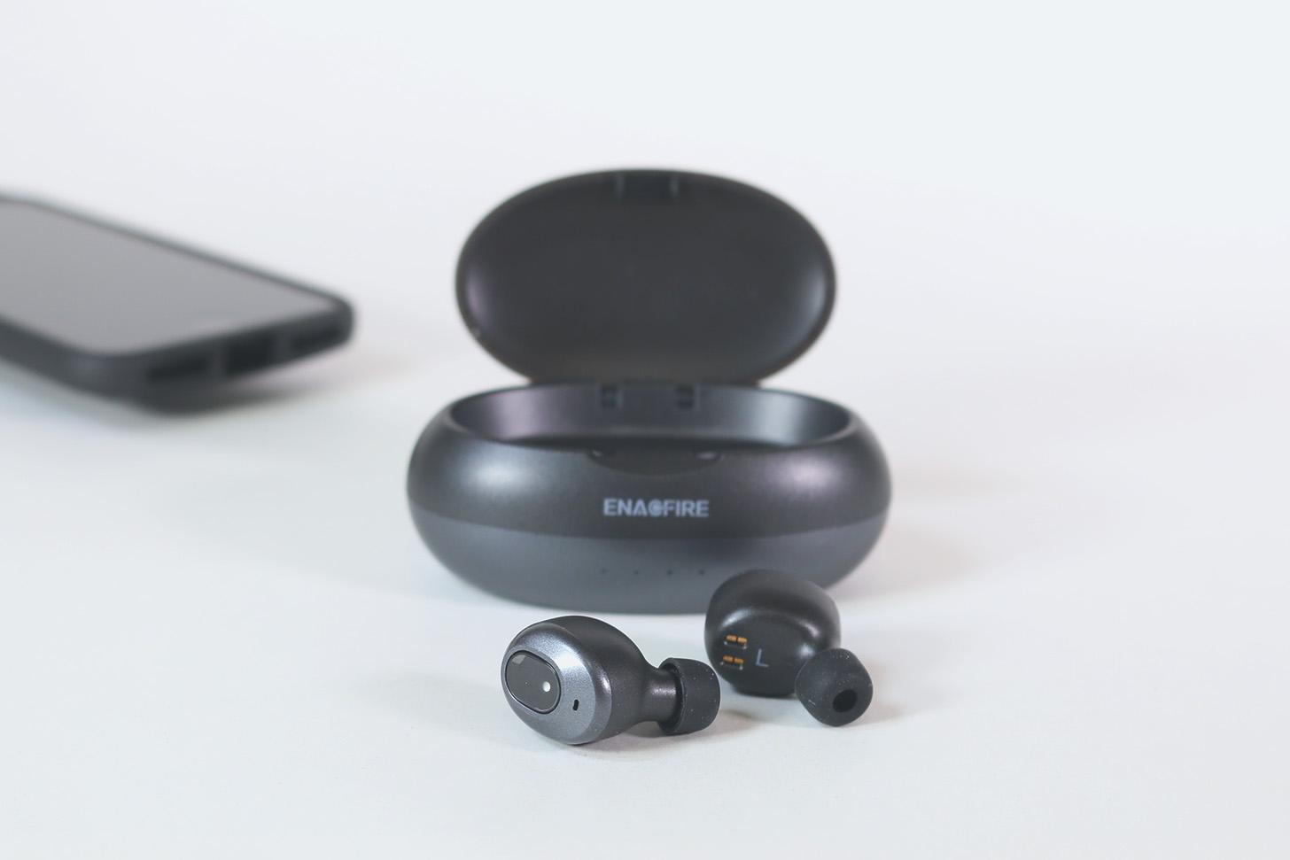 【レビュー】ケースから取り出せば自動で接続『EnacFire E19 完全ワイヤレスイヤホン Bluetooth5.0 (強化版)』